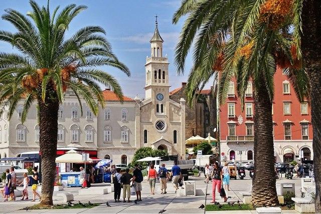 De havenpromenade in Split