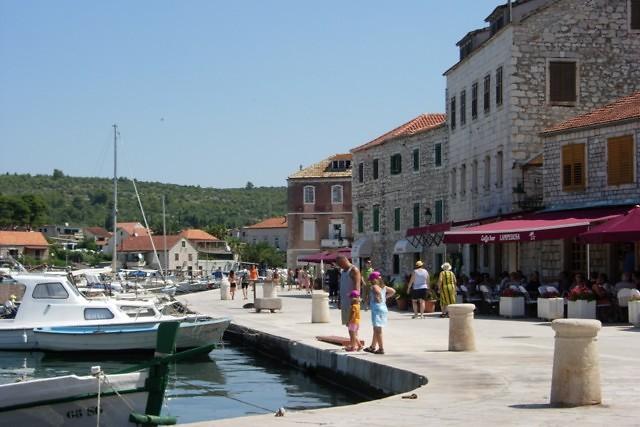 De promenade van Stari Grad