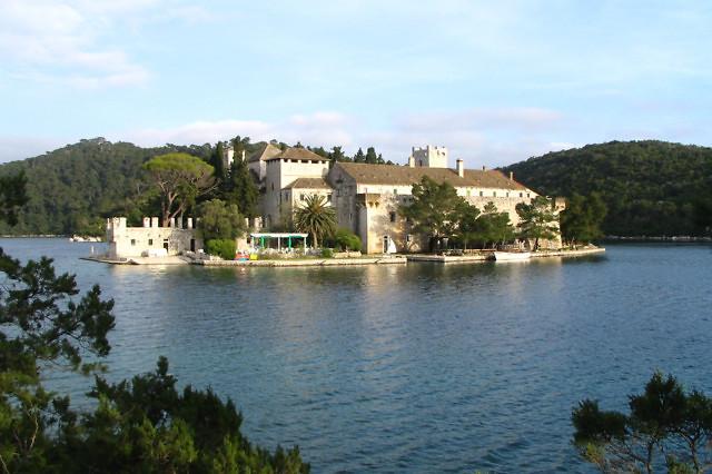 Het benedictijnse klooster van Mljet