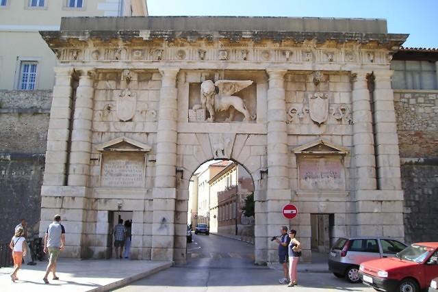 De Landpoort van Zadar